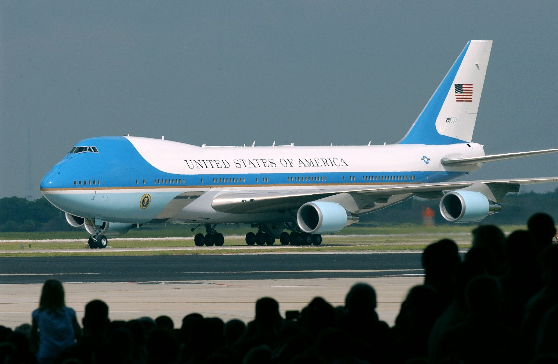 air-force-one-658420_1920