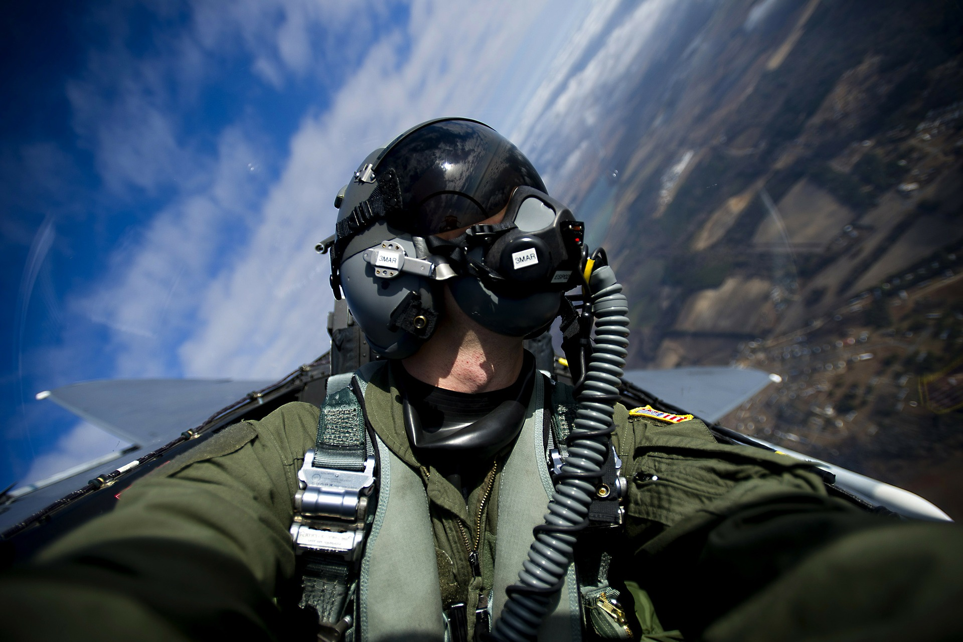 how to become a professional pilot, us air force, military pilot