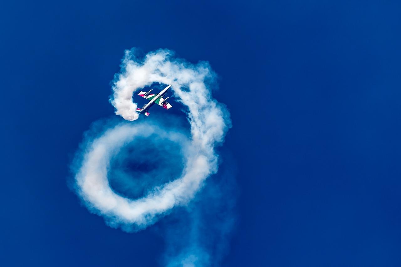 air shows, air show, airshow, smoke oil